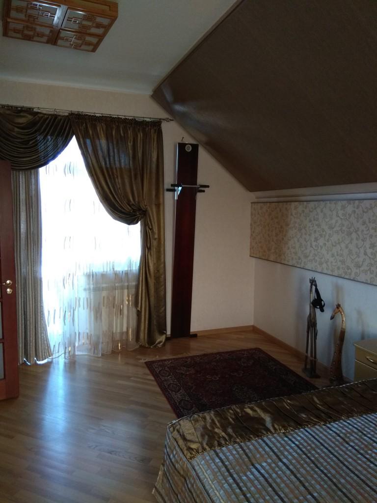 дом на Немышле, немышлянская 64а, м. Дворец Спорта
